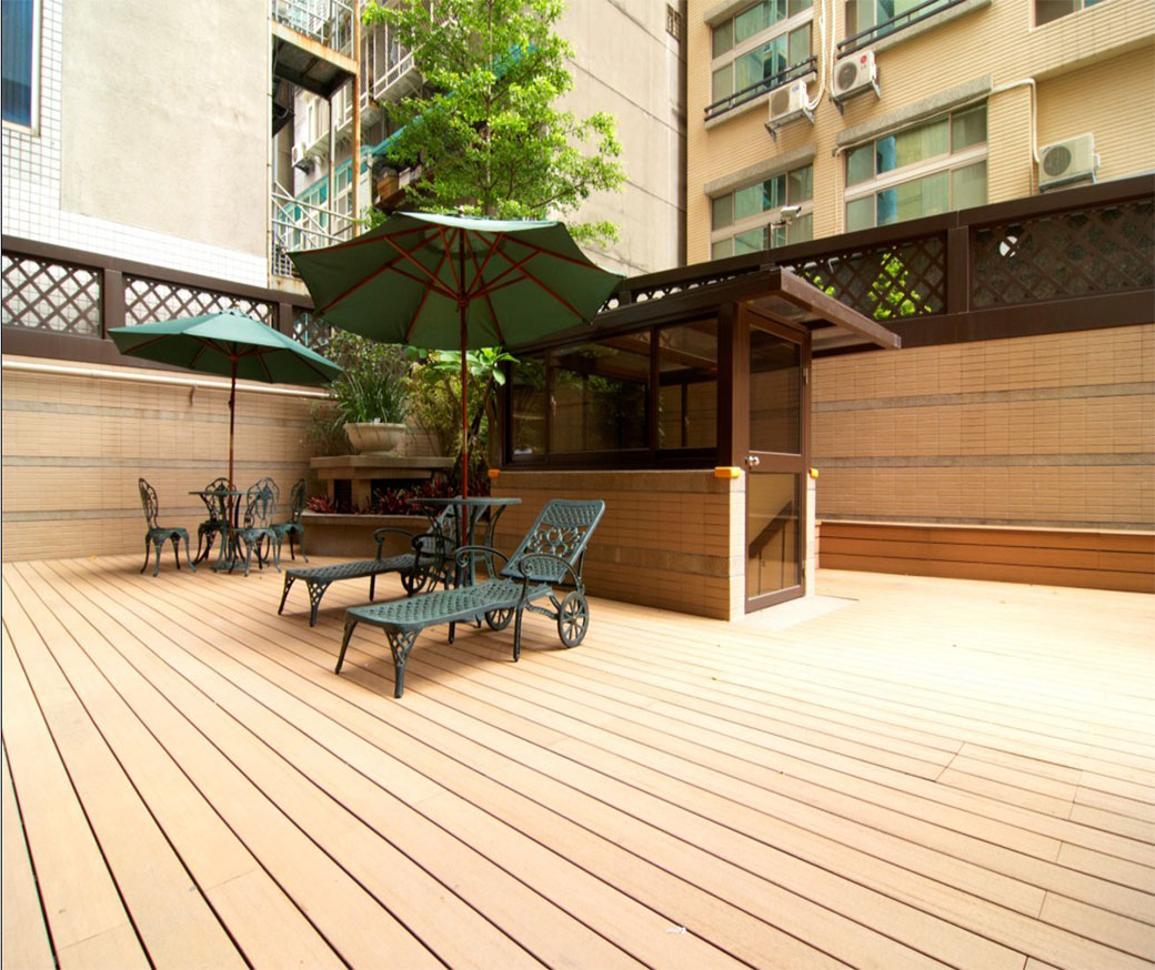 weather resistance co extrusion decking