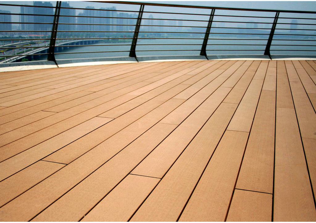 future-floor-trends-solid-wood-floor-or-wood-plastic-floor