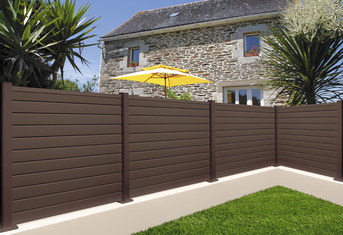 install-air-condition-wood-plastic-fence