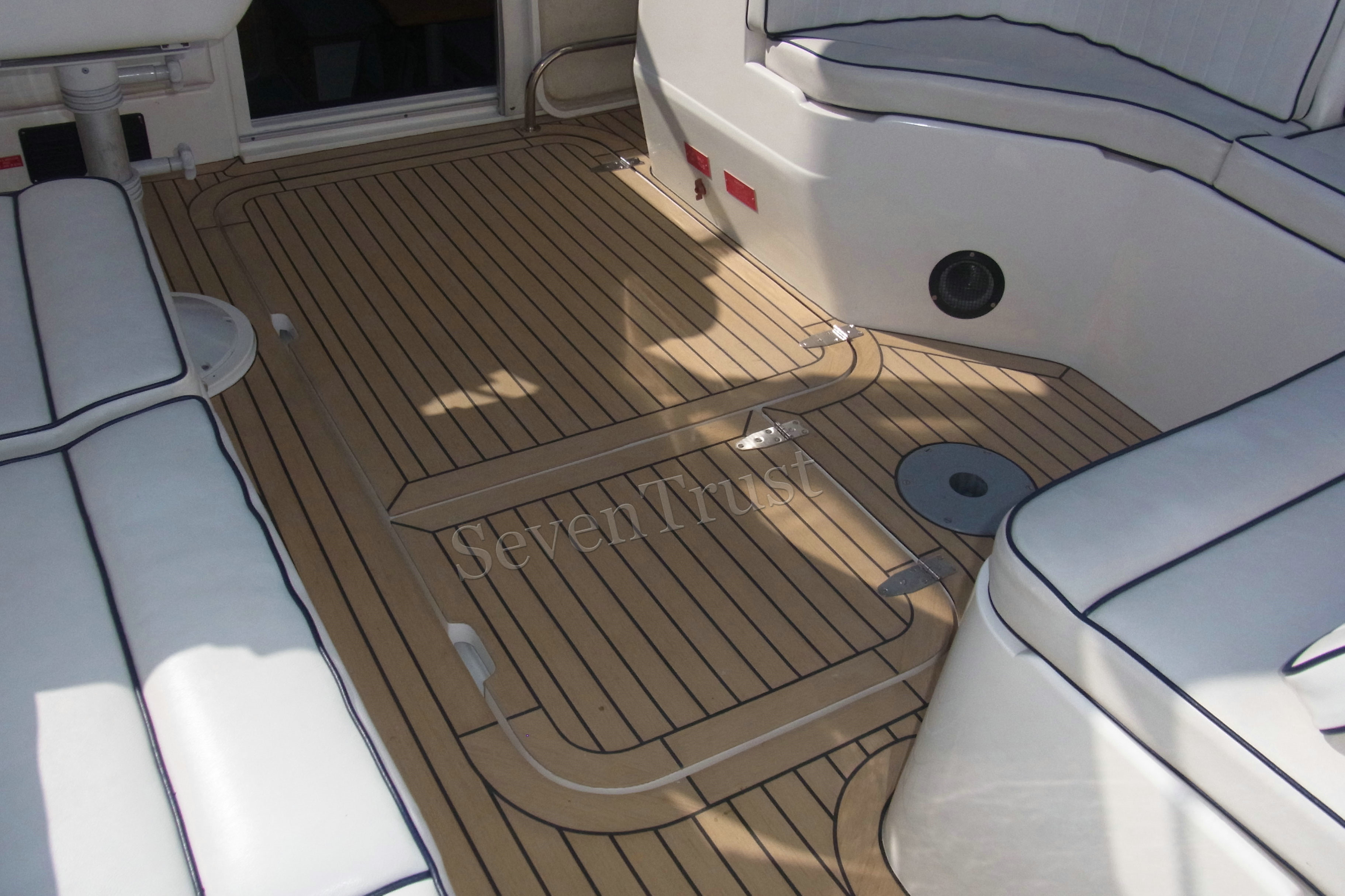synthetic teak deck project in France
