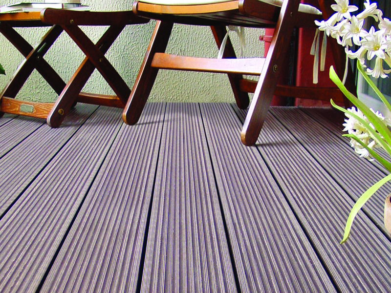 wood-plastic-floor-maintenance-tips