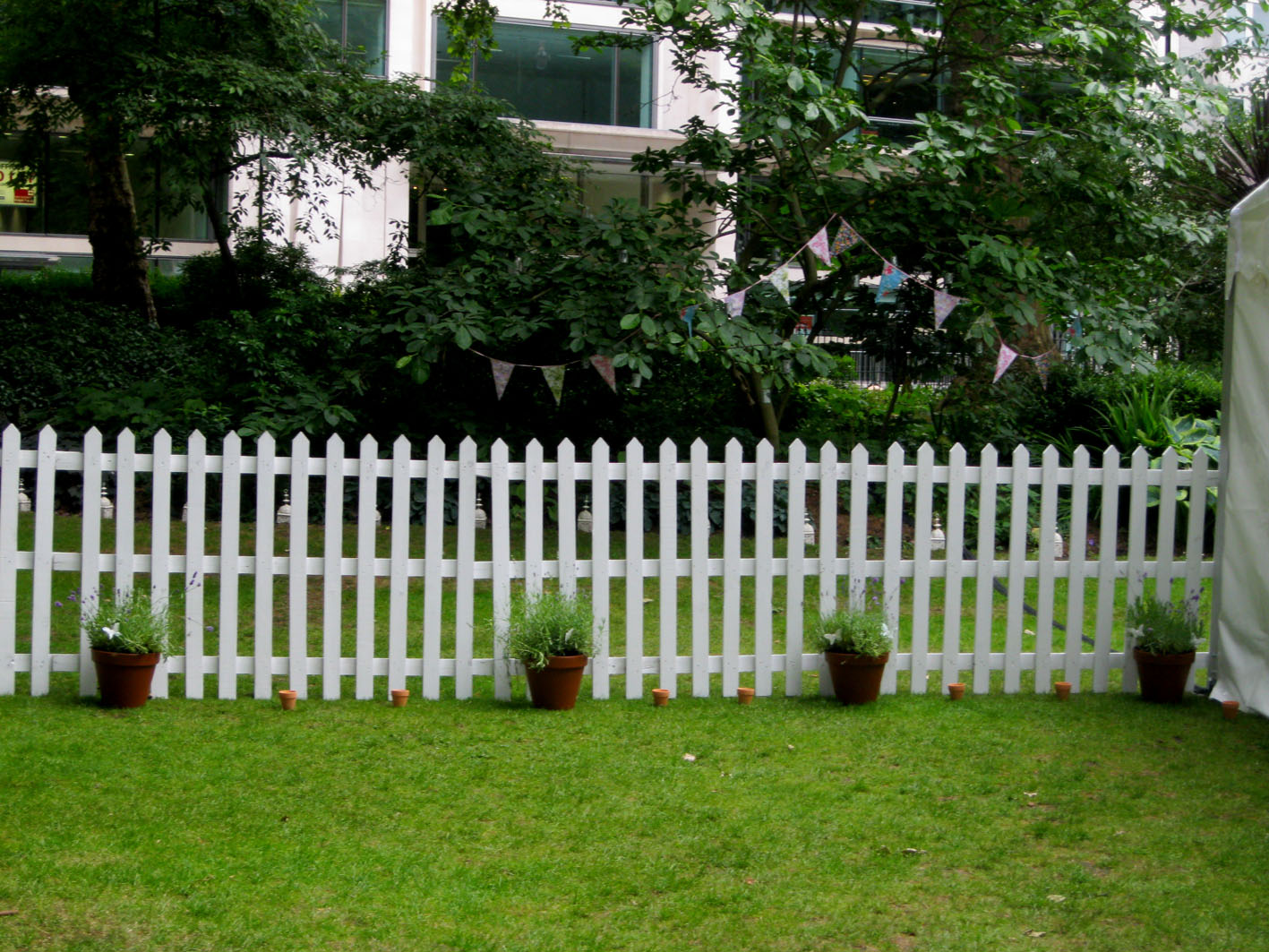 environmental protection pvc lawn fence