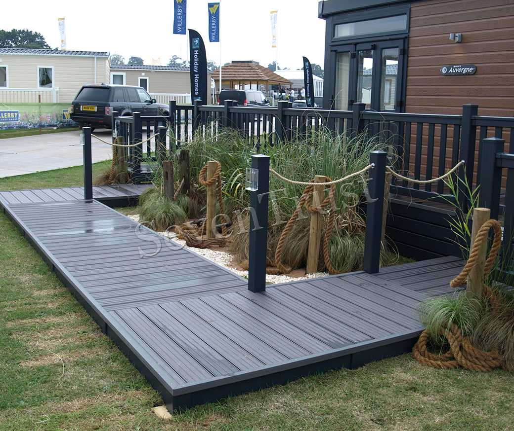 Composite Decking (Hollow)